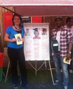 collecteren tijdens Afrika festival